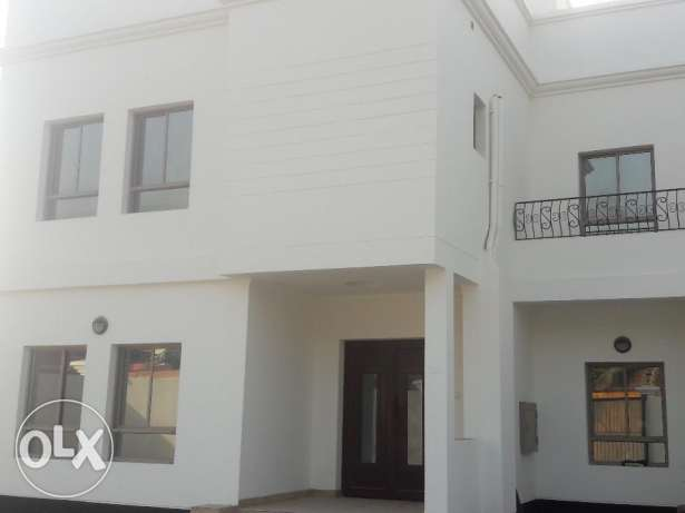 Saar:- 4Bhk Semi Furnished Standalone Duplex Villa Available for Rent.