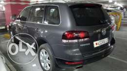 VW Touareg V8 2009 in excellent condition