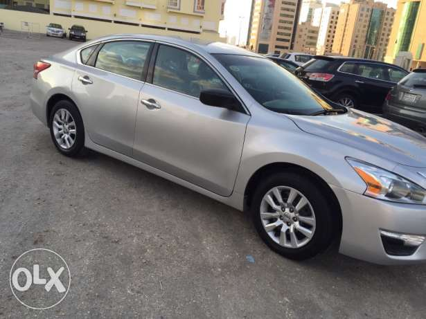BD 3900 Nissan Altima 2013 new model 53000km private selling