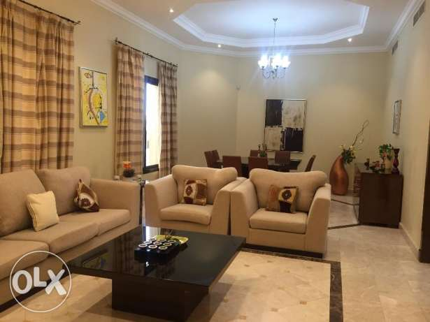 Stunning 4 Bedrooms Fully Furnished Villa in Busaiteen