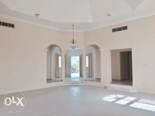 AMAZING 4 bedroom compound villa with private garden سار -  1
