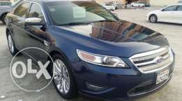 2012 ford Taurus limited fully loaded very low mileage accident free