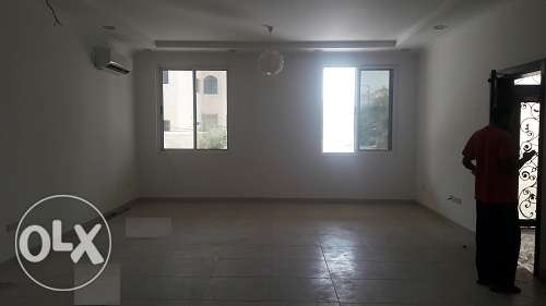 Very spacious 3 bedroom plus maid room semi furnish apmnt at Busaiteen