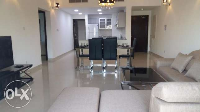 2 Bedrooms apartment with modern furniture amwaj island