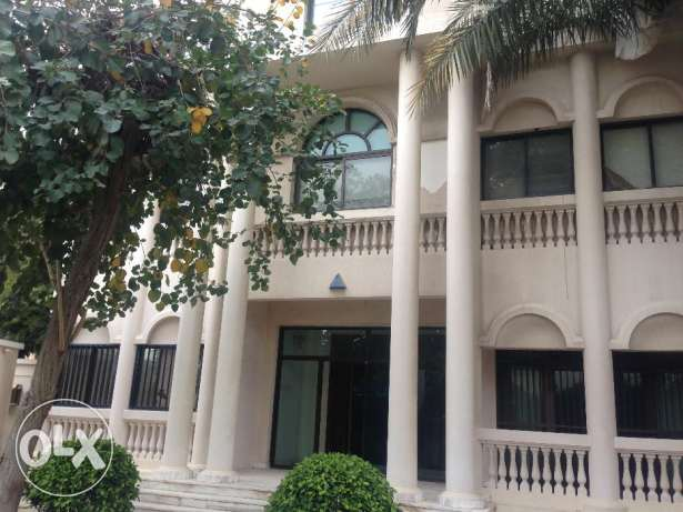 Commercial Executive private villa garden Rent 3500