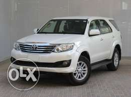 Toyota Fortuner white 2015 For Sale