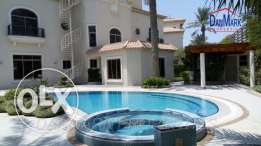 Luxury 4 Bedroom Semi 3 Storey Villa with Private Garden &Pool