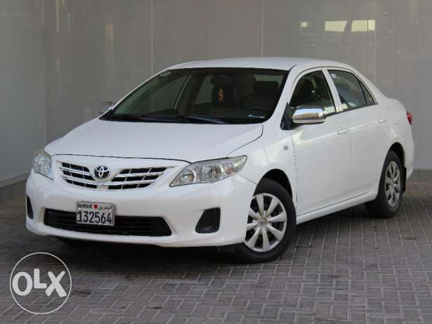 Toyota Corolla 2013 White For Sale