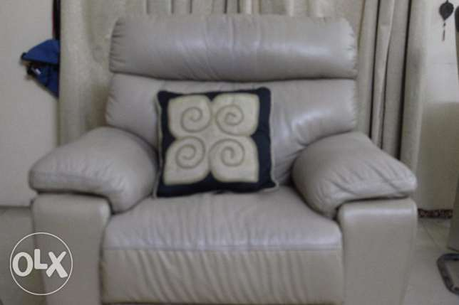 Sofa with Recliner, Beige colour,Excellent quality,Good condition