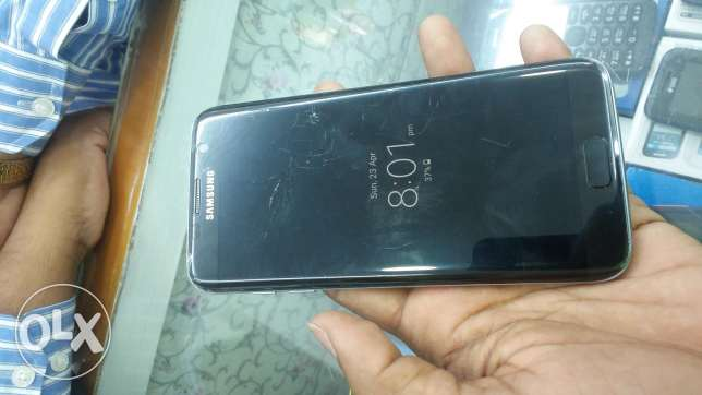 Samsung galaxy s7 edge 110 glass broken