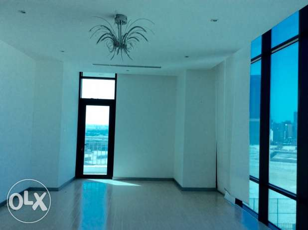 Sea view 2 bedroom semi furnished apartment السيف -  2