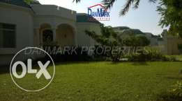 HAMALA Elegant Green 4 BR SF Villa with Pvt.Garden near British School