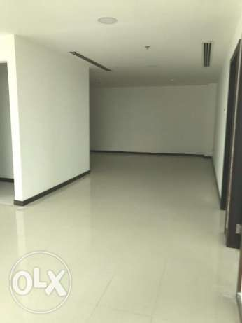 Spacious Commercial Premise in Diplomatic Area
