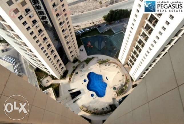 Beautiful 2 bedroom flat with sea view for sale at Abraj Al Lulu
