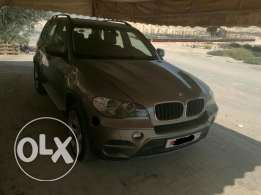 للبيع BMW X5 2011 FULLY LODED
