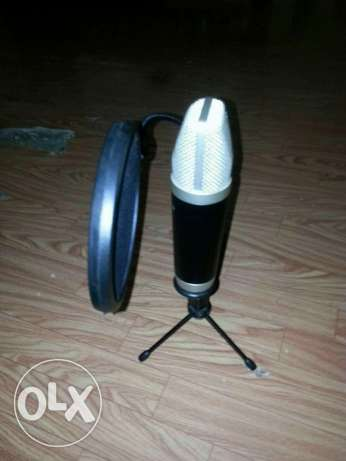 M- AUDIO Mic with great condition urgent for sale