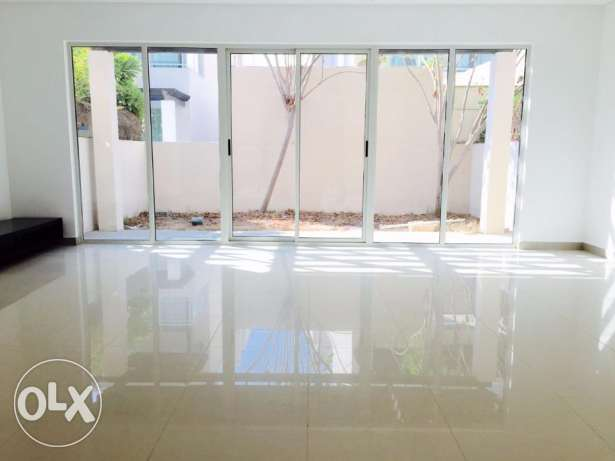 Villa for Rent in Amwaj Islands | 4BR,