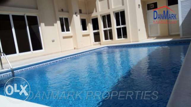 Private VILLA with Swimming POOL TUBLI
