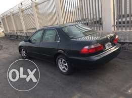 Honda Accord model 2000 for sale everything ok very good condition low