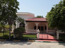 4 Bedroom semi furnished villa with garden close to Cause way