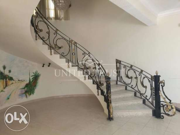 Commercial villa for rent in Sanad