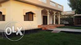 3 Bedroom un/semi furnished villa for rent with large garden