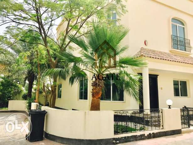 Villa for rent in Janabiya in a walking distance from Rugby club