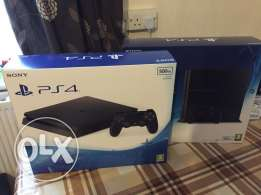Brand new sealed PS4 500GB Full warranty and Receipt