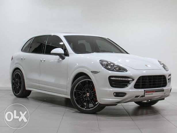 Porsche Approved Cayenne GTS White 2014MY
