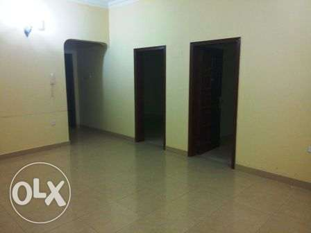 Unfurnished 3 Bedroom flat for rent, ground floor