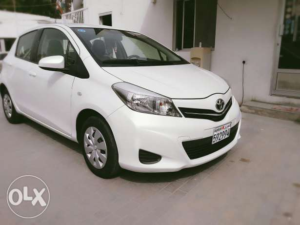 Toyota yaris 2013 model hatchpack for sale through cash & installments