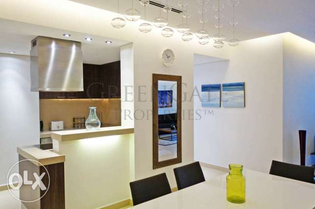 Two Bed Luxury Apartment in Reef Island