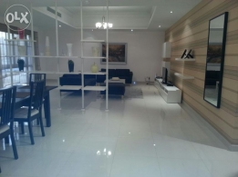 huge spacious 3 bed room for rent in mahooz BD: 1000/-