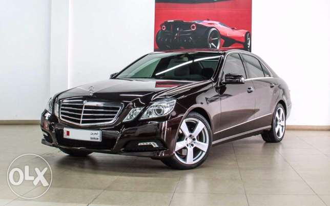 Mercedes-Benz E300, Model 2010, Full option Avantgarde, Only 61,000 km