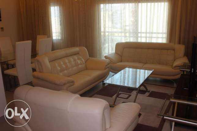 Sea view nice 2 BR in Amwaj