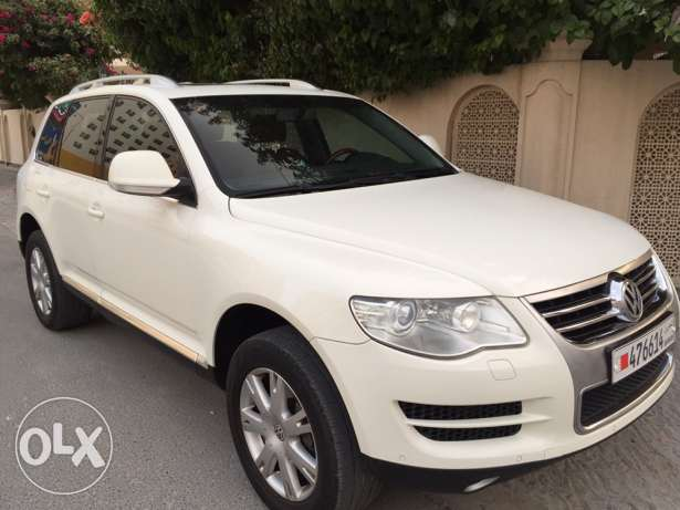 volkswagan Touareg 2008 full option