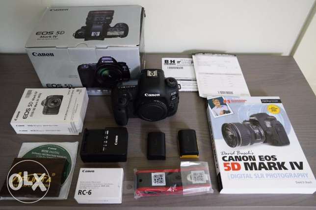 GENUINE STOCK EOS 5D Mark IV 30.4MP DSLR Camera + Bundle