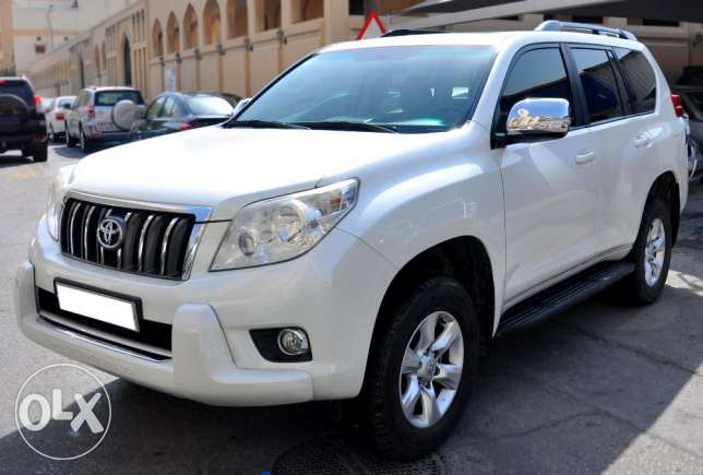 Toyota Prado V6 2011 model non accident for sale