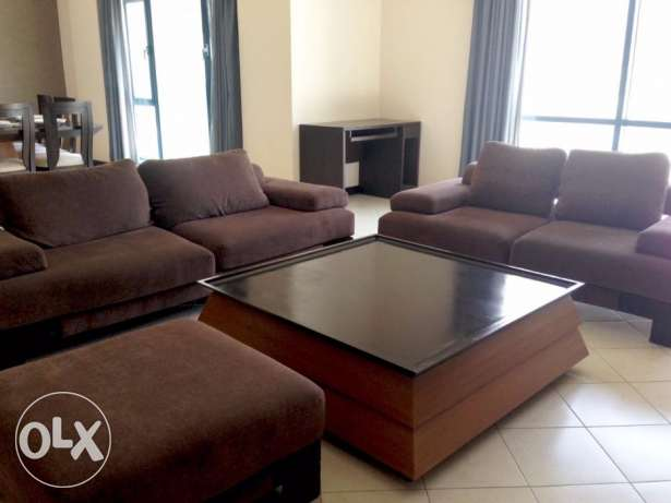 100- 2 Bedrooms Apartment for Rent in Juffair