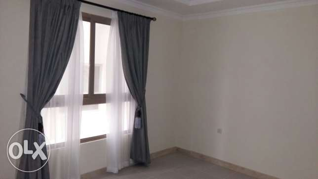 New Janabiyah/ semi furnished 2 BedRoom flat clsf to Saudi causway