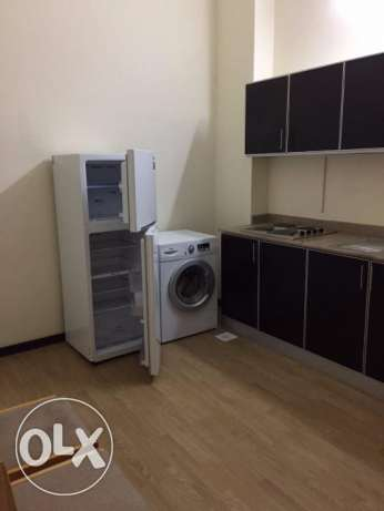 Cheap One bedroom apartment for rent in Sanabis المنامة -  4