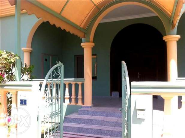 (Rf No: SRM7) Semi furnished villa at saar area