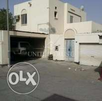 For sale house in hamadtown roundabout 1