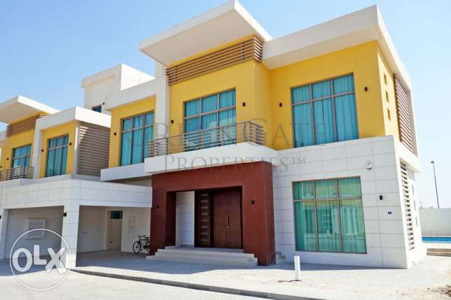 Brand New 4 Bed Villa with Private Pool!