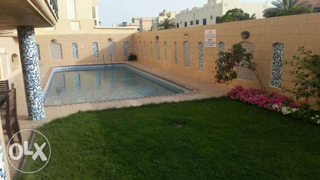 Spacious 2 BR in Saar, Pool, Gym