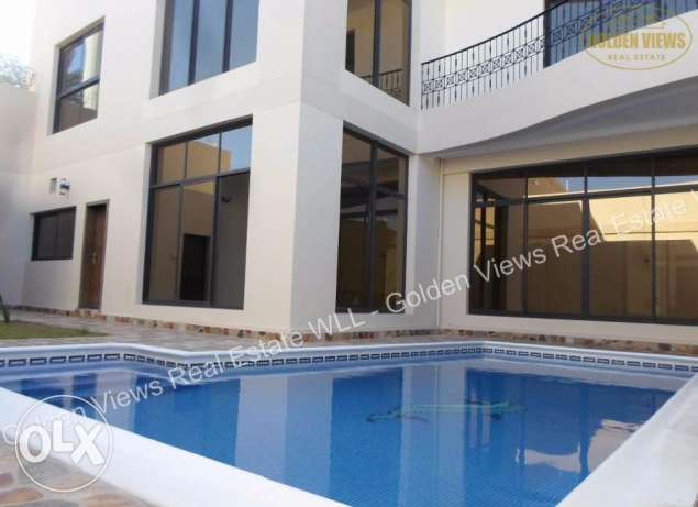 Janusan brand new modern 5 BR villa for rent with private pool,garden