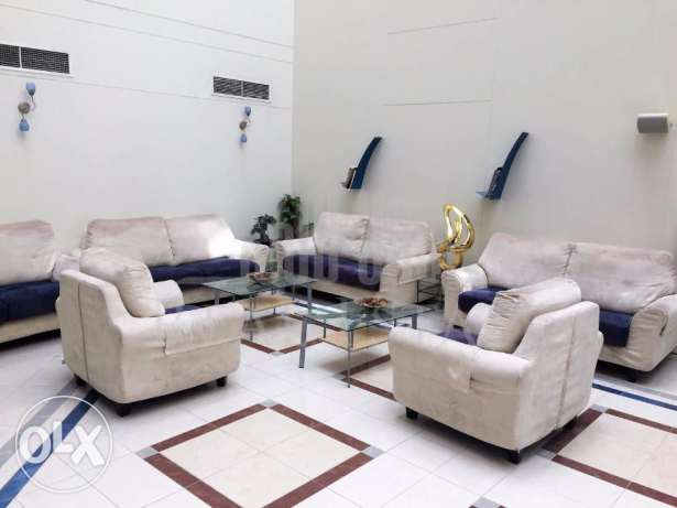 Penthouse in seef at incredible price