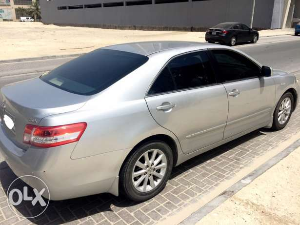 Camry 2010 full options 99000km