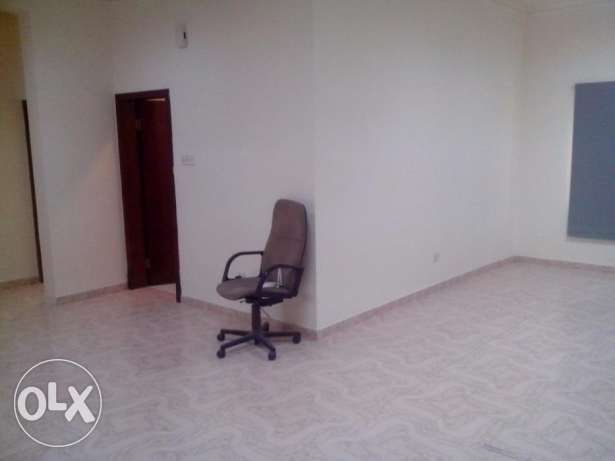 office for rent 350 BD - in heart of Exhibition road Perfect location. الحورة -  2