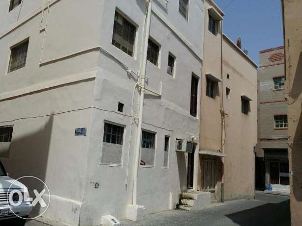 Studio flat for rent in Muharraq- one bedroom, closed kitchen & bath